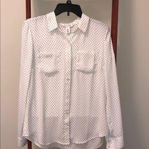 EUC (6) White House Black Market button up blouse.
